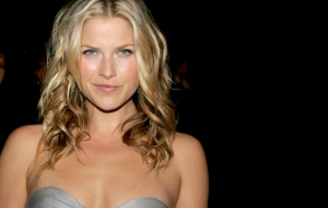 Ali Larter High Quality Wallpapers