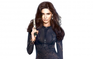Nargis Fakhri HD Wallpaper
