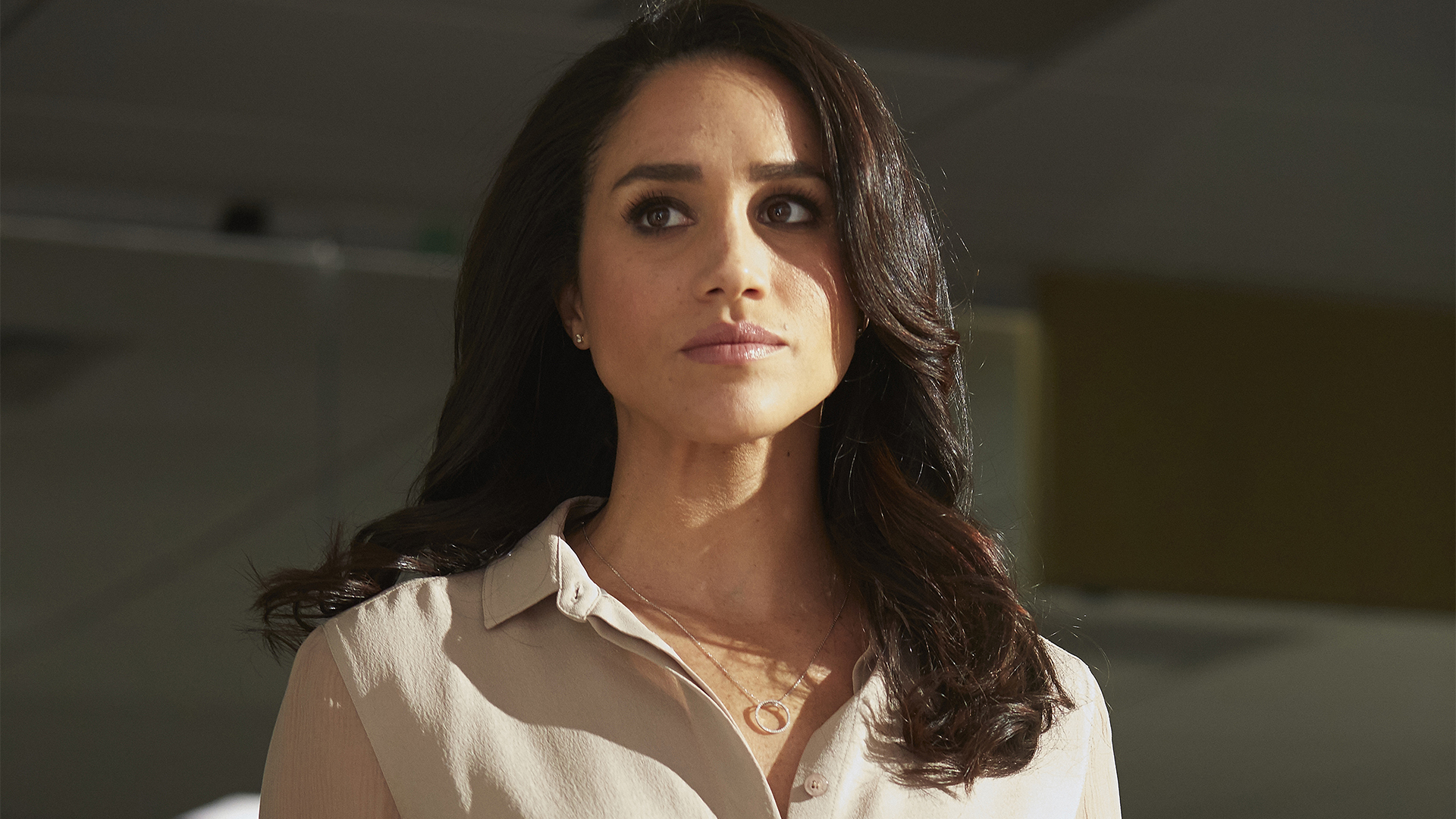 Suits Rachel Zane Wallpaper