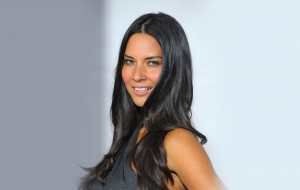 Olivia Munn HD Wallpaper