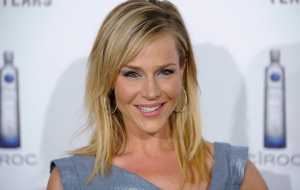 Julie Benz Wallpapers