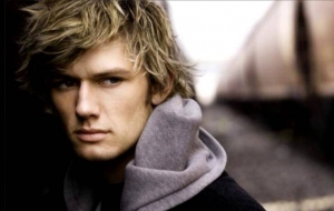Alex Pettyfer Background