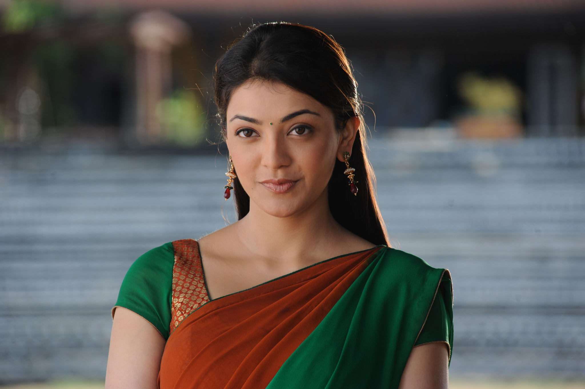 Wallpaper download kajal agarwal - Kajal Agarwal Background