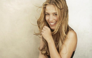 Piper Perabo HD Desktop