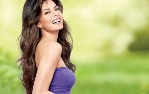 Jacqueline Fernandez HD Background