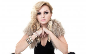 Alexandra Stan HD Background