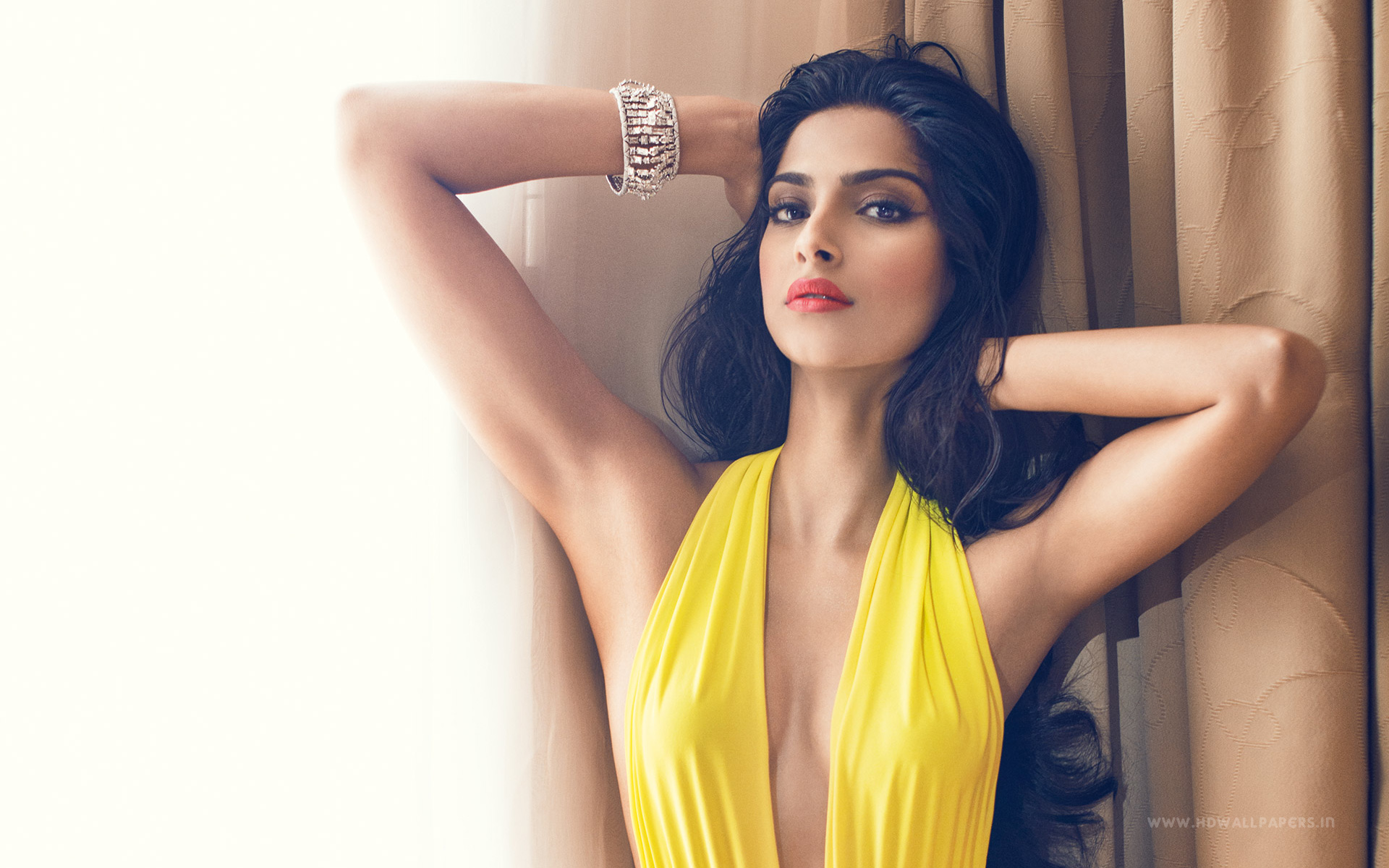 sonam kapoor wallpapers high resolution and quality download