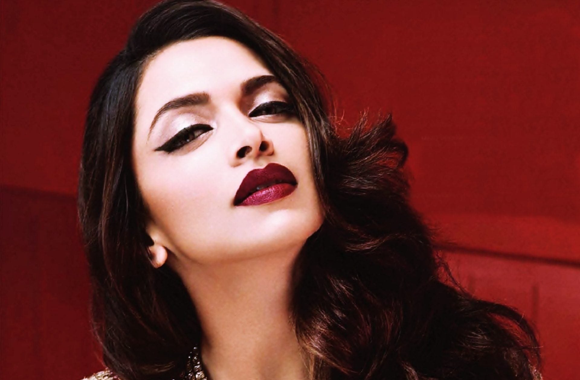 Deepika Padukone Wallpapers High Resolution and Quality Download
