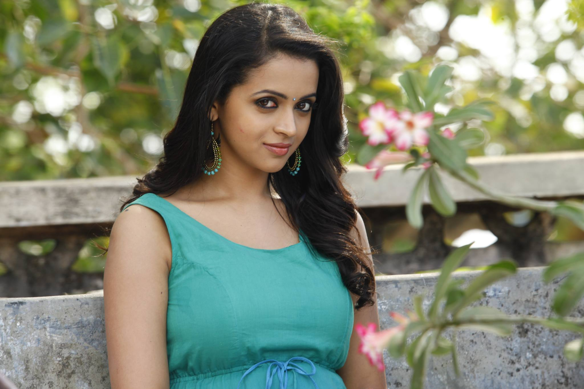 Bhavana wallpapers high resolution and quality download bhavana hd thecheapjerseys Images