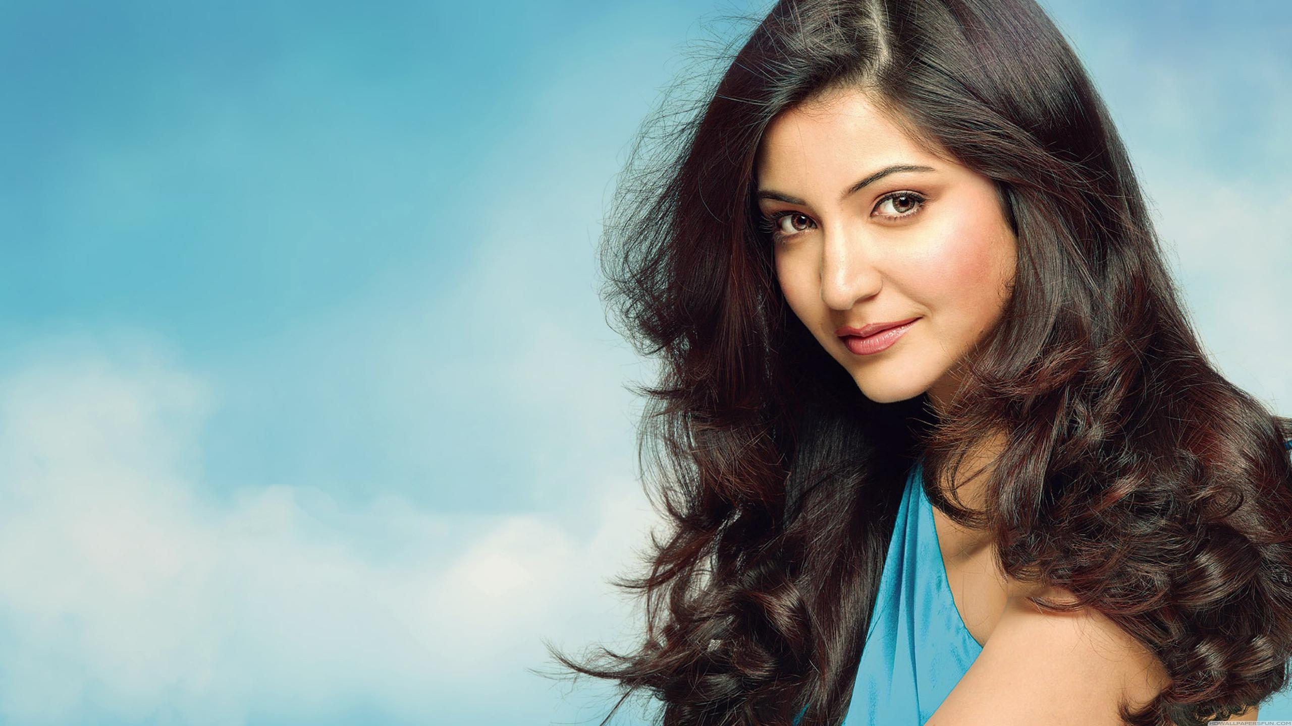 Anushka Sharma Wallpapers High Resolution And Quality Download