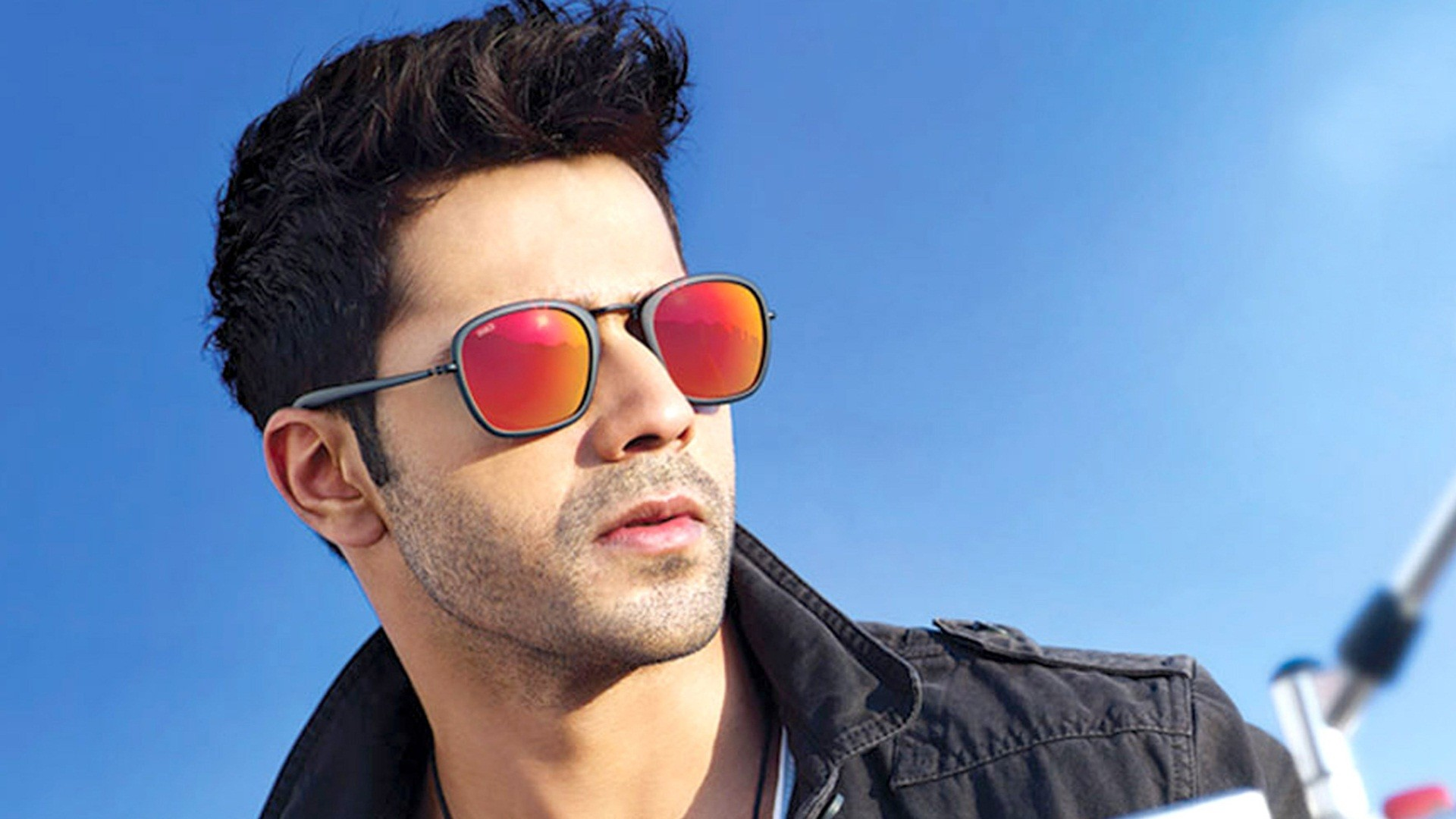 Varun dhawan hd wallpapers dazzling wallpaper pictures to pin on