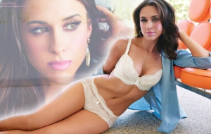 Lacey Chabert full HD