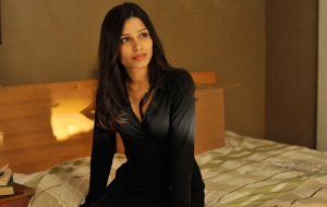 Freida Pinto full HD