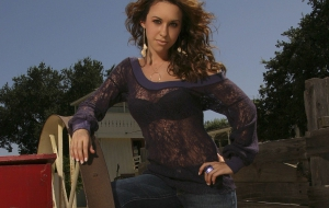 Lacey Chabert High Definition
