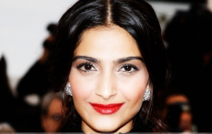 Sonam Kapoor Wallpapers HD