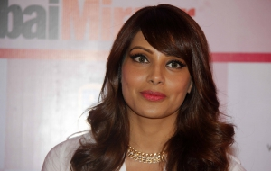 Bipasha Basu Wallpapers HD