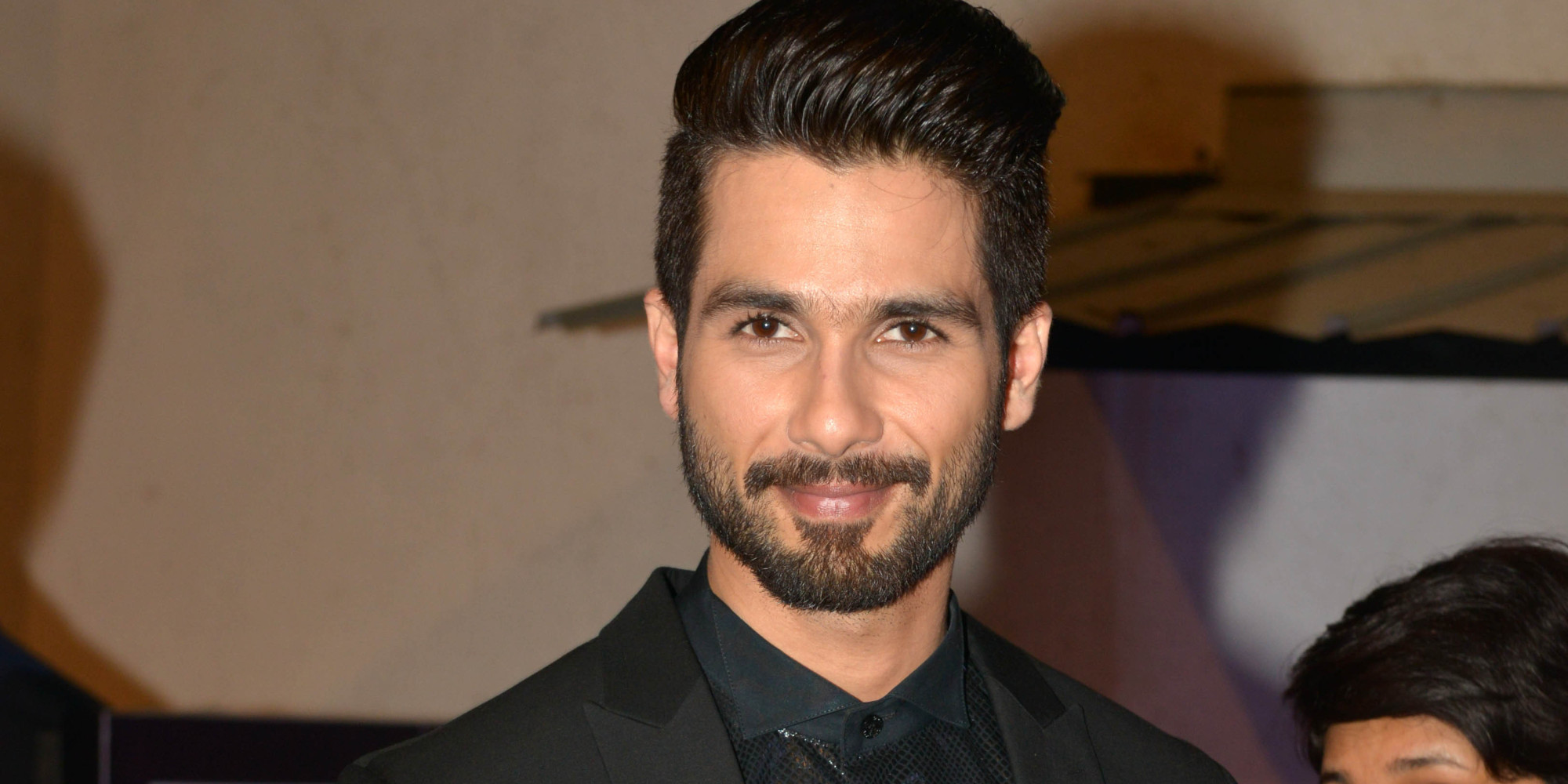 Shahid Kapoor New Hairstyle Wallpaper Hairstyles
