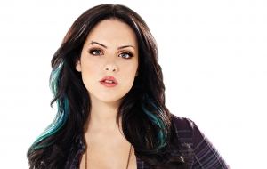 Elizabeth Gillies Wallpaper