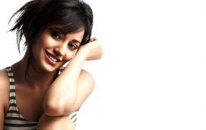 Neha Sharma Pictures