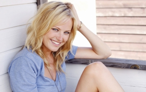 Malin Akerman Images