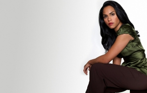 Monica Raymund Widescreen