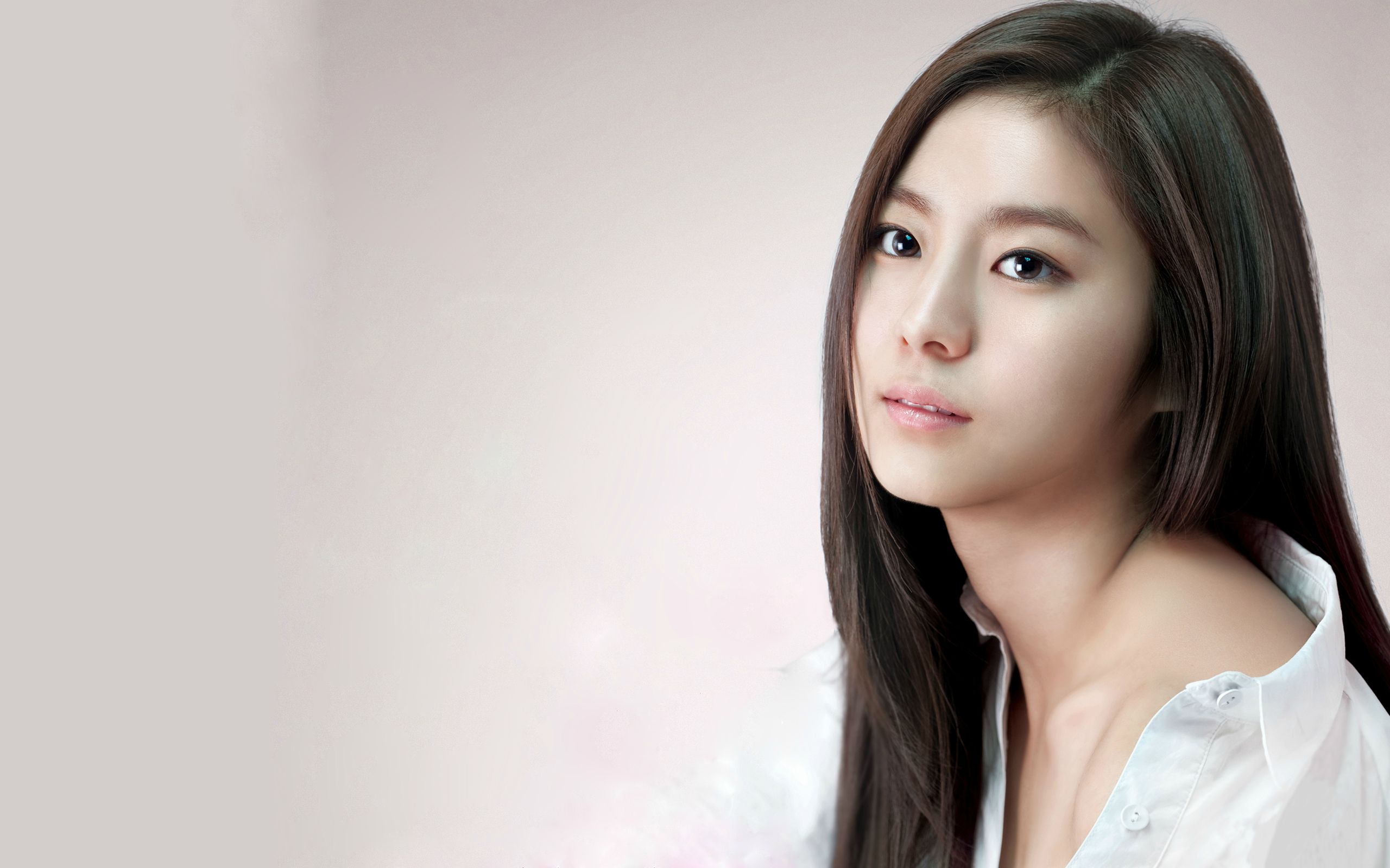 Shin se kyung wallpapers high resolution and quality download shin se kyung computer wallpaper voltagebd Choice Image