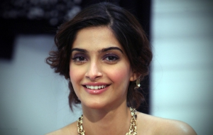 Sonam Kapoor High Definition Wallpapers