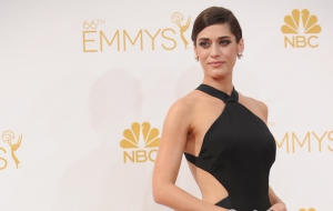 Lizzy Caplan High Definition Wallpapers