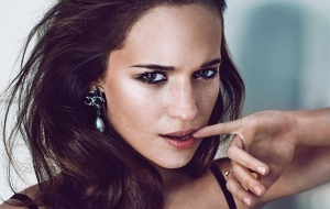 Alicia Vikander Pictures