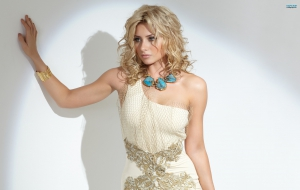 Alyson Michalka For Desktop
