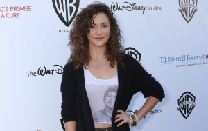 Alyson Stoner Widescreen