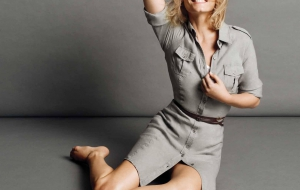 Amber Valletta Images