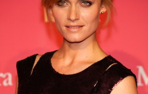 Amber Valletta Widescreen