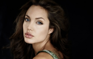 Angelina Jolie Pictures