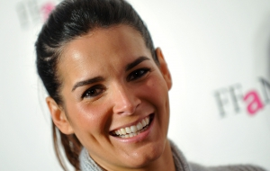 Angie Harmon Computer Wallpaper