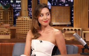 Aubrey Plaza HD Wallpaper