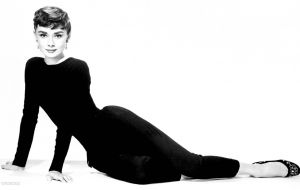 Audrey Hepburn For Desktop