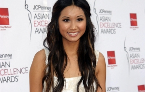 Brenda Song Widescreen