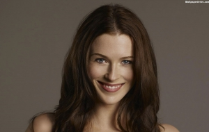Bridget Regan Widescreen
