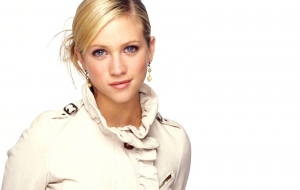 Brittany Snow Wallpapers