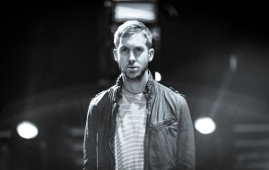 Calvin Harris Widescreen