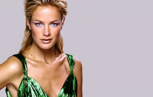 Carolyn Murphy HD Desktop