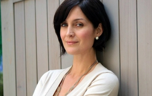 Carrie Anne Moss Widescreen