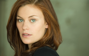 Cassidy Freeman Wallpapers