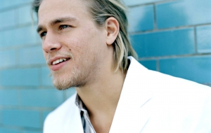 Charlie Hunnam Hig Definition Wallpapers