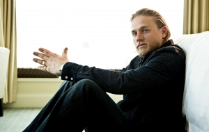 Charlie Hunnam High Quality Wallpapers