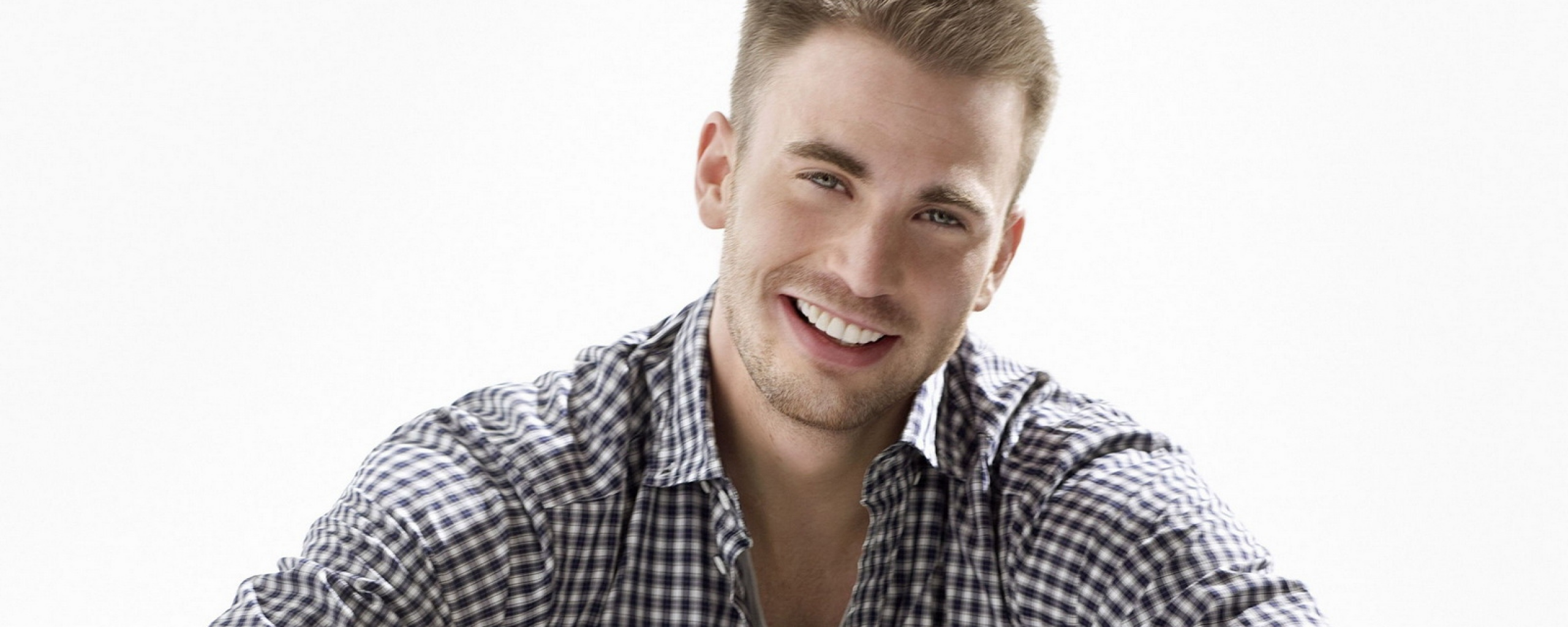 Chris Evans Wallpapers High Resolution And Quality Download