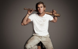 Chris Hemsworth Desktop