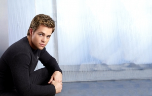 Chris Pine Pictures