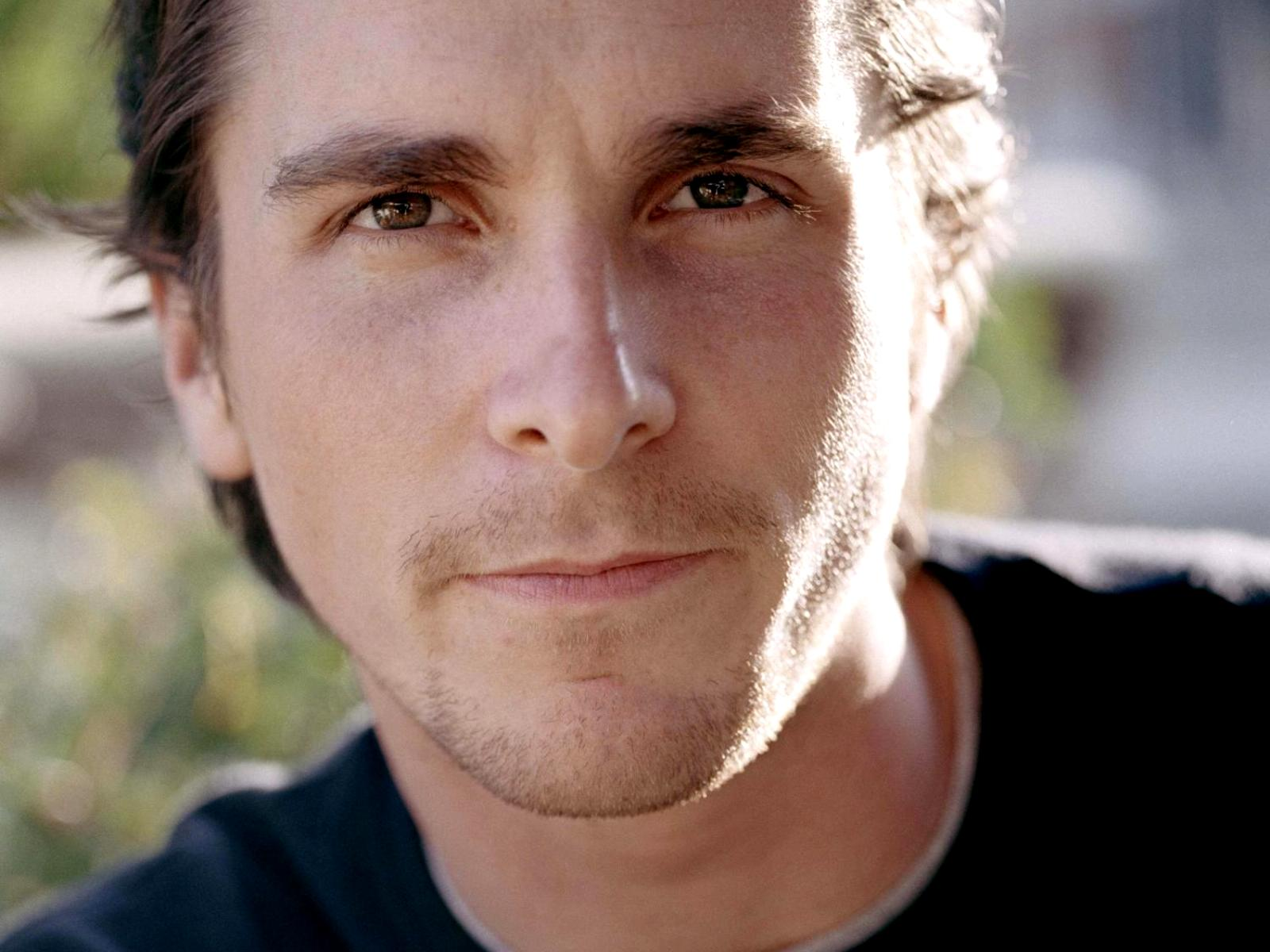 Christian Bale: Christian Bale Wallpapers High Resolution And Quality Download